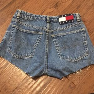 Tommy Hilfiger Shorts - Tommy Jeans cut off shorts